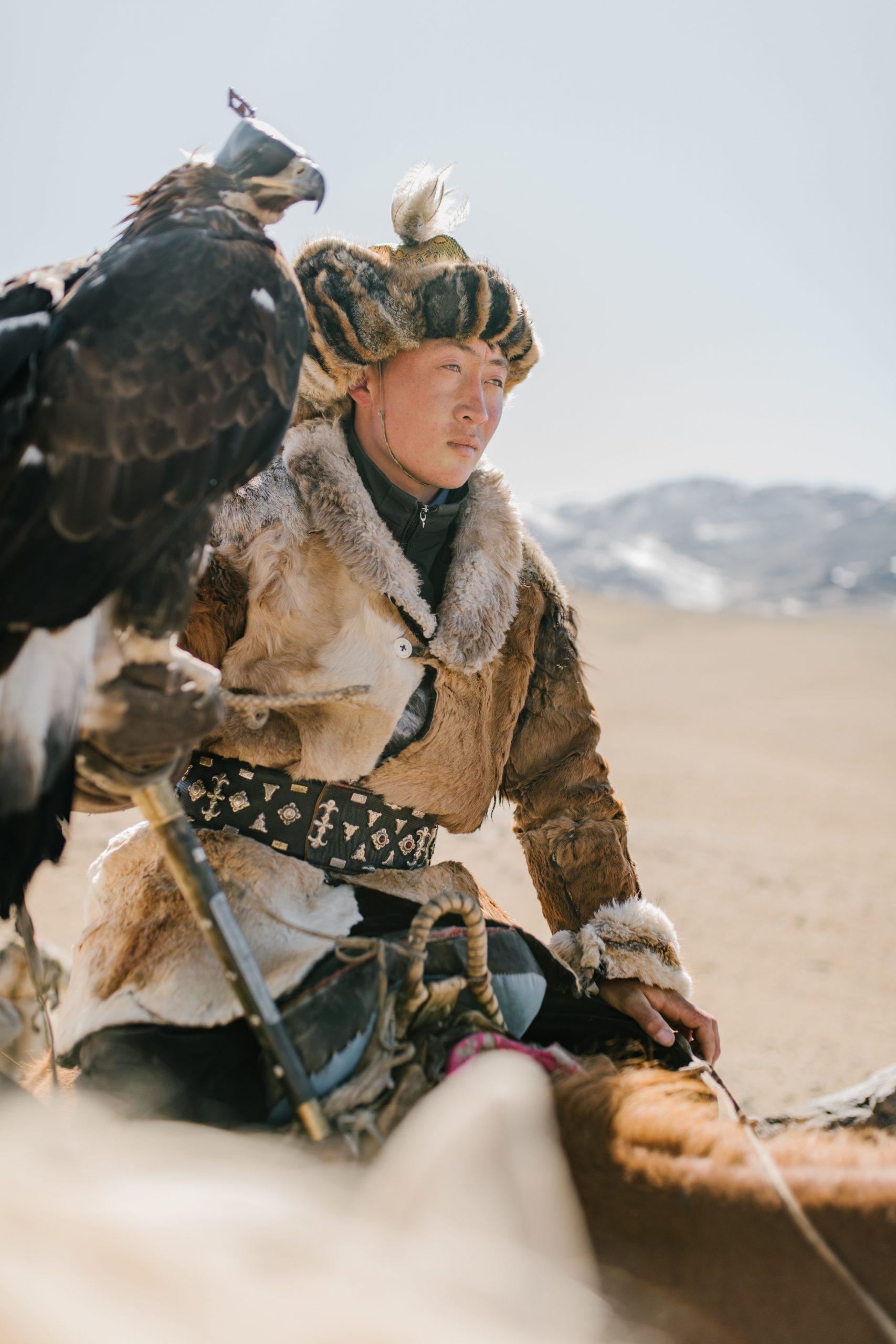 guerrier amérindien avec une plume