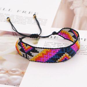 Bracelet native aux motifs star